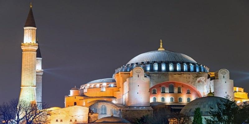 Το μυστικό που έκρυβε η Αγία Σοφία στην Κωνσταντινούπολη 23