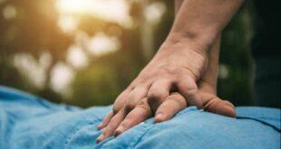Οδηγίες πρώτων βοηθειών σε περίπτωση που πνίγεται ένα παιδί