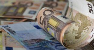 «Βρέχει» χιλιάδες ευρώ τις επόμενες μέρες – Ποιοι θα πάρουν και πόσα