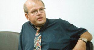Άκης Τσελέντης