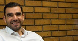 Πέτρος Κωνσταντινέας: Και ο Φιντέλ Κάστρο με τον Τσε Γκεβάρα ανέβαιναν σε κότερα