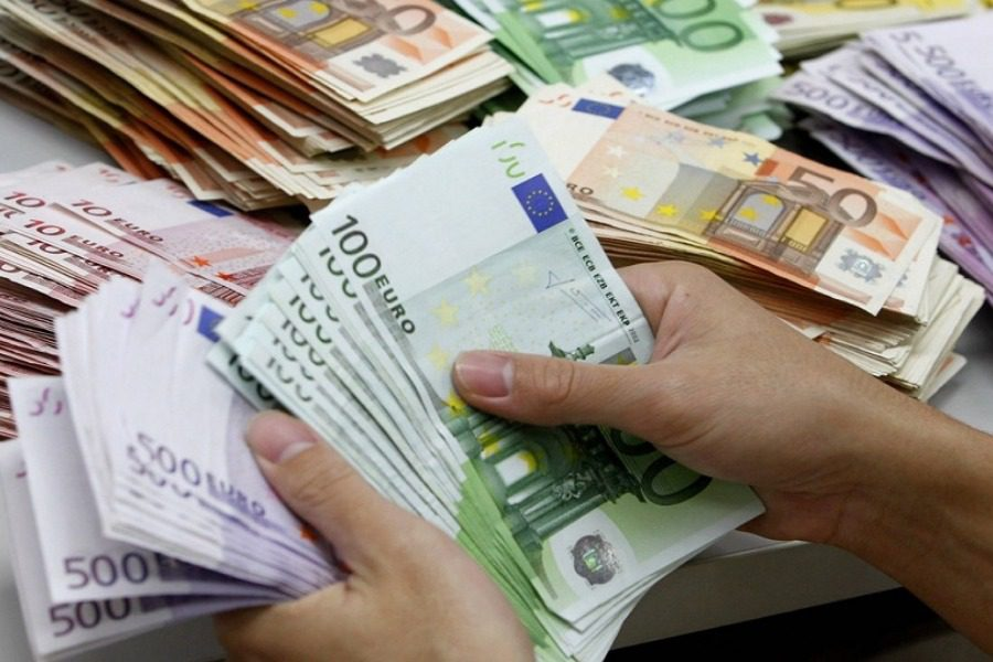 Νέα επίδομα σε ελεύθερους επαγγελματίες: Οι δικαιούχοι και πόσα χρήματα θα πάρουν 1