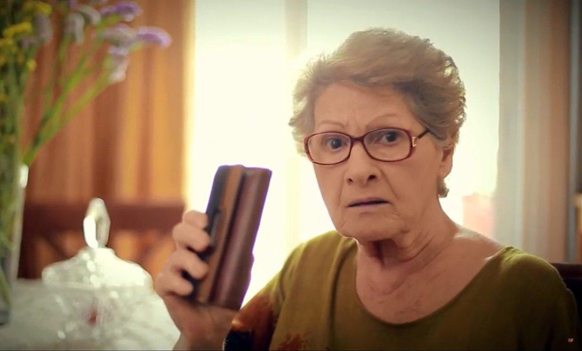 """Τσαντισμένη με Μητσοτάκη η… γιαγιά του Τσίπρα. """"Εντάξει Κυριάκο""""; 1"""