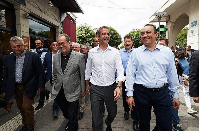 Μια γροθιά η ΝΔ υπέρ του Νίκα στην Περιφέρεια Πελοποννήσου – Σε 5 διαφορετικές περιοχές όλη μέρα χθες ο Κυριάκος Μητσοτάκης 46