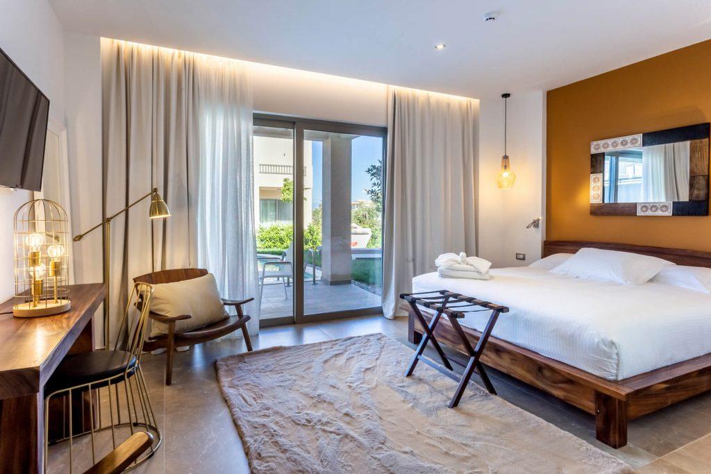 Άνοιξε νέο 5άστερο ξενoδοχείο στην Καλαμάτα 8