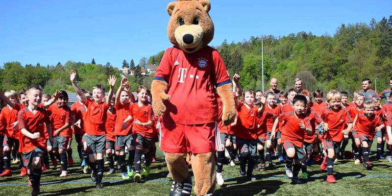 Η Costa Navarino εγκαινιάζει καλοκαιρινά Football Camps σε συνεργασία με τη Bayern Μονάχου 1