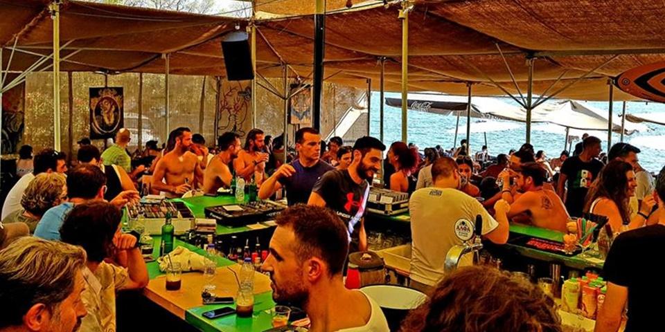 Hobo beach bar το κέφι και η διασκέδαση λειτουργούν ακατάπαυστα όλο το 24ωρο!! 10
