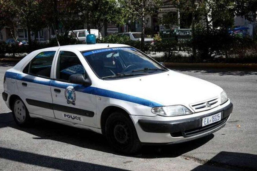 Συνελήφθησαν στην Καλαμάτα με αυτοσχέδια ρόπαλα, μεταλλικές λόγχες  και ναρκωτικά 1