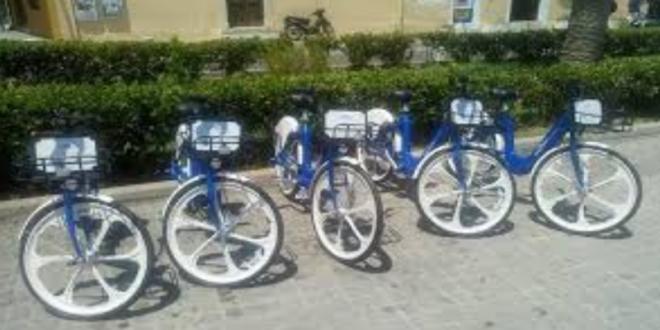 Ήρθαν τα ηλεκτρικά υποβοηθούμενα ποδήλατα και στην Καλαμάτα