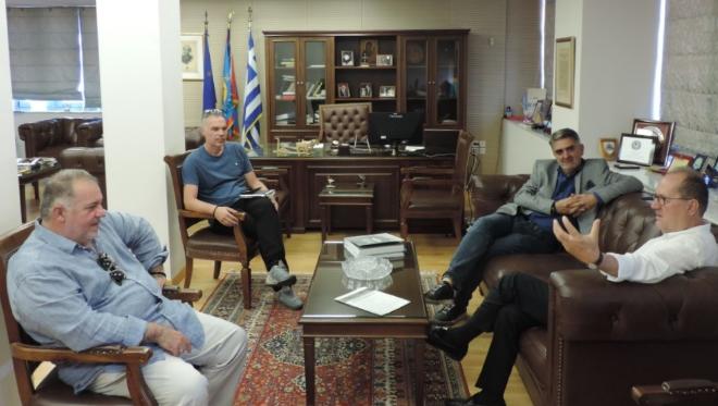 Τον δήμαρχο Καλαμάτας επισκέφτηκαν εκπρόσωποι της ΠΣ Η Καλαμάτα 26