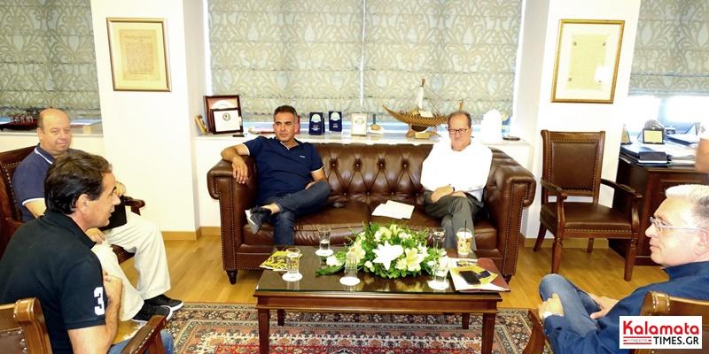 Εκπρόσωποι της Ένωσης Οινοπαραγωγών Πελοποννήσου στο Δημαρχείο 7