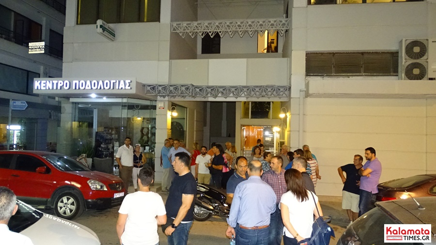 Χαμός στο εκλογικό κέντρο του Μίλτου Χρυσομάλλη! 2
