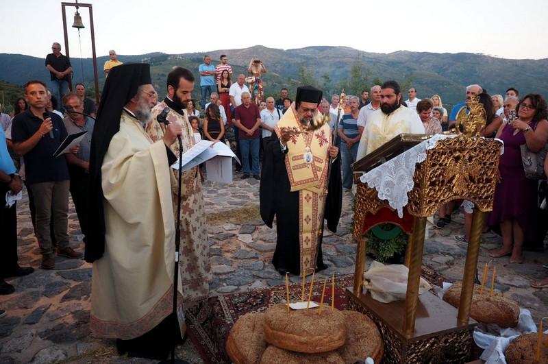 Ο Εσπερινός Κοιμ. της Θεοτόκου στην Ι. Μητρόπολη Μεσσηνίας 4