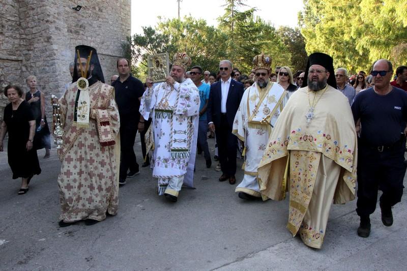 """Μητροπολίτης Μεσσηνίας: """"Η Παναγία να σκέπει το Λαό και την Πατρίδα μας"""" 4"""