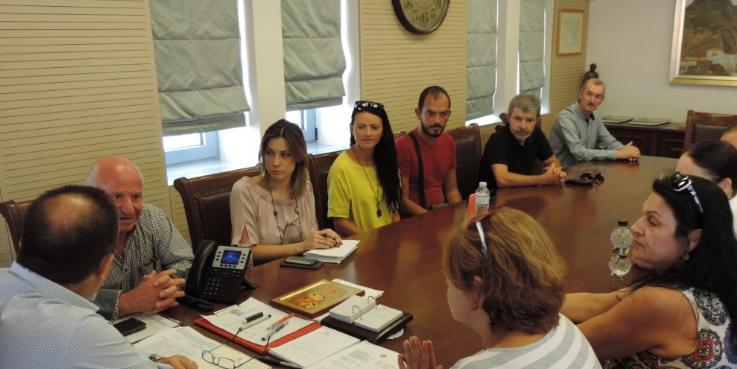 Με τον δήμαρχο Καλαμάτας συναντήθηκαν εκπρόσωποι της Περιφερειακής Ομοσπονδίας ΑμεΑ 3