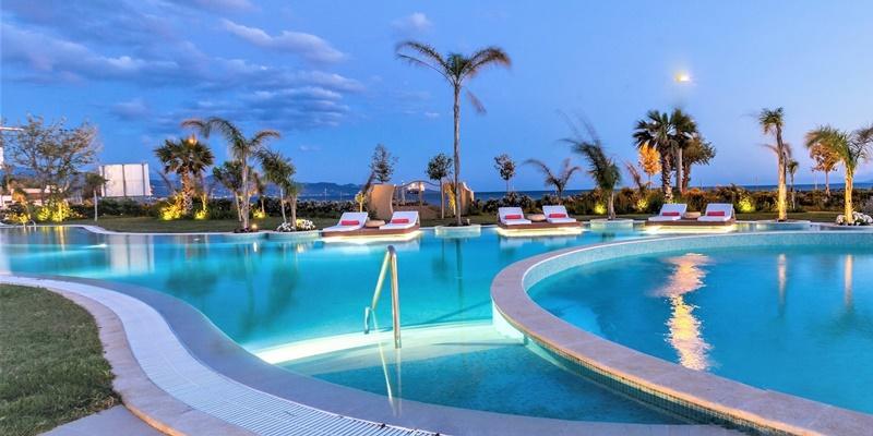 Βράδυ Σαββάτου στο ειδυλλιακό Elysian Luxury Hotel and Spa 1