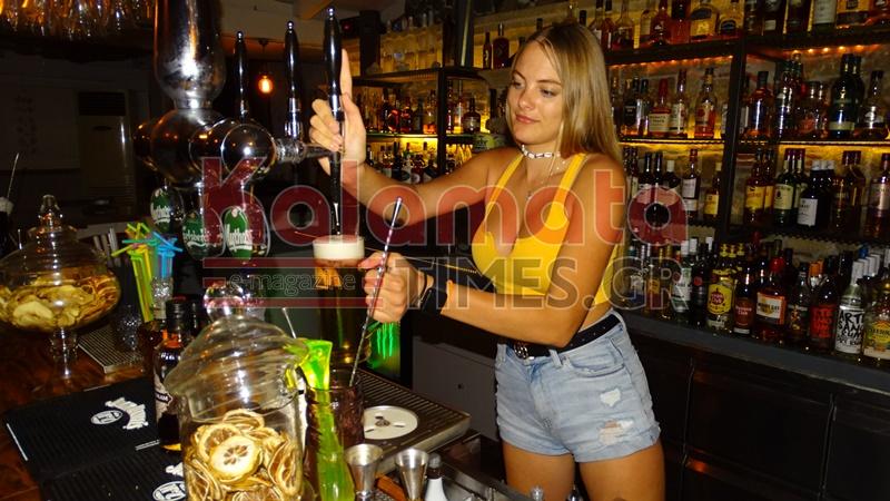Η Φιονούλα από το Enigma Cafe Bar στη Μάνη, το μεγάλο φαβορί στο GNTM 2 3