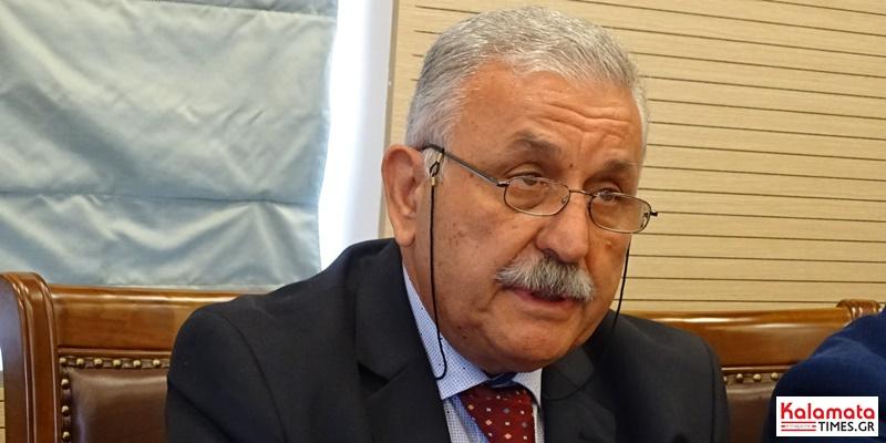 Ο δήμαρχος καλαματας έκανε αποδεκτή την παραίτηση του Παύλου Κλάδη (βίντεο) 6