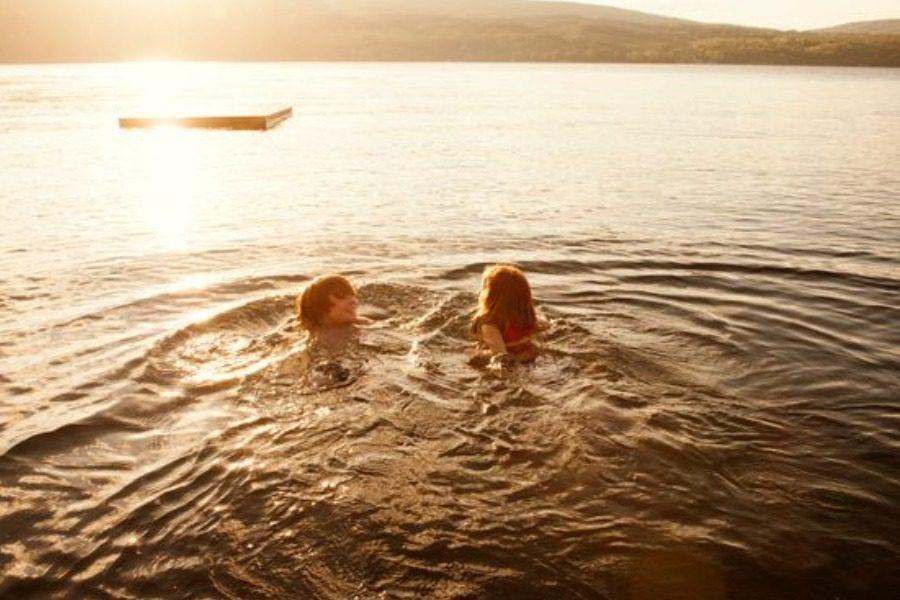 Κοριτσάκι πήγε για κολύμπι και κόλλησε αμοιβάδα που της τρώει τον εγκέφαλο 14