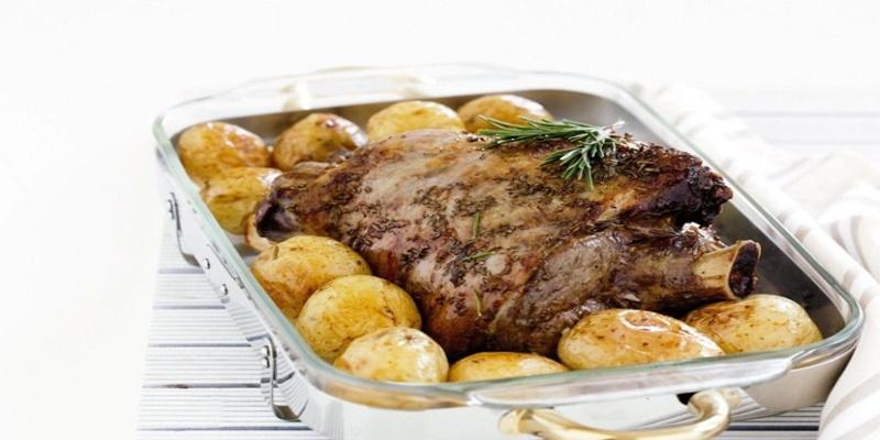 Αρνάκι στο φούρνο με πατάτες, όπως στο χωριό 4