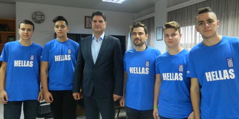 Τον δήμαρχο Μεσσήνης επισκέφτηκαν οι αργυροί νικητές της Ολυμπιάδας Ρομποτικής 2