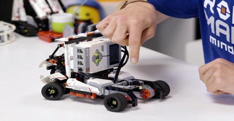 Σήμερα λήγει η διορία συμμετοχής στα δωρεάν μαθήματα Ρομποτικής για μαθητές 1