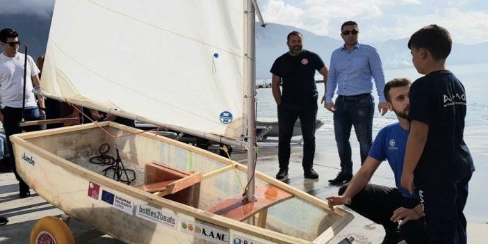 «Σάλπαρε» το νέο σκάφος από πλαστικά μπουκάλια στην Καλαμάτα! 6