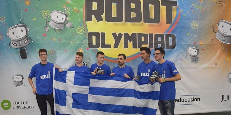 Καλαμάτα: Παγκόσμια διάκριση για ομάδα ρομποτικής από την bitLab Πληροφορική 1