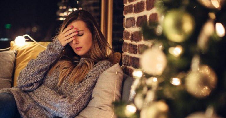 Κατάθλιψη των Χριστουγέννων: Γιατί συμβαίνει – Ποιοι κινδυνεύουν περισσότερο 1