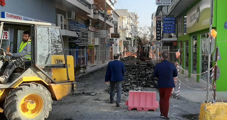 Ξεκίνησαν οι εργασίες για την πεζοδρόμηση στην οδό Ιατροπούλου 3