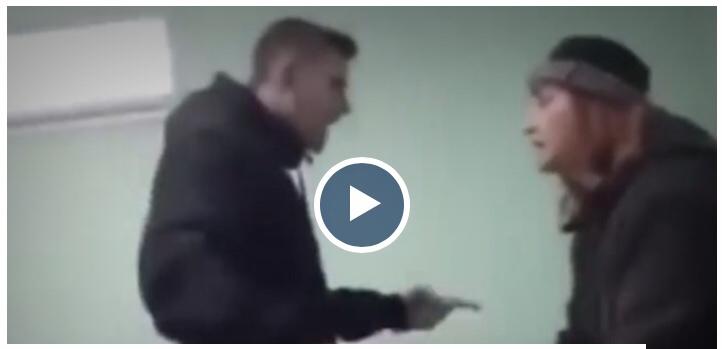 Βίντεο: Μαθητής τραμπουκίζει άγρια καθηγήτρια για να του σβήσει απουσία 12
