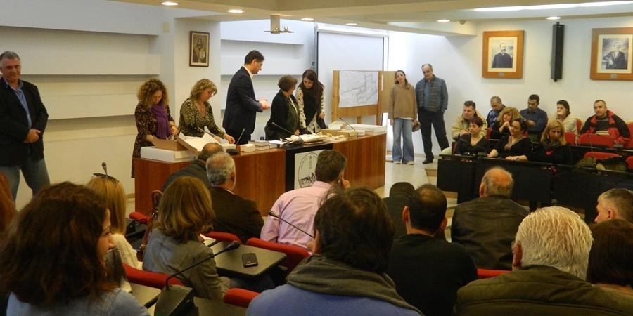 Οι δημοτικοί υπάλληλοι του Δήμου Μεσσήνης έκοψαν την πίτα τους 4