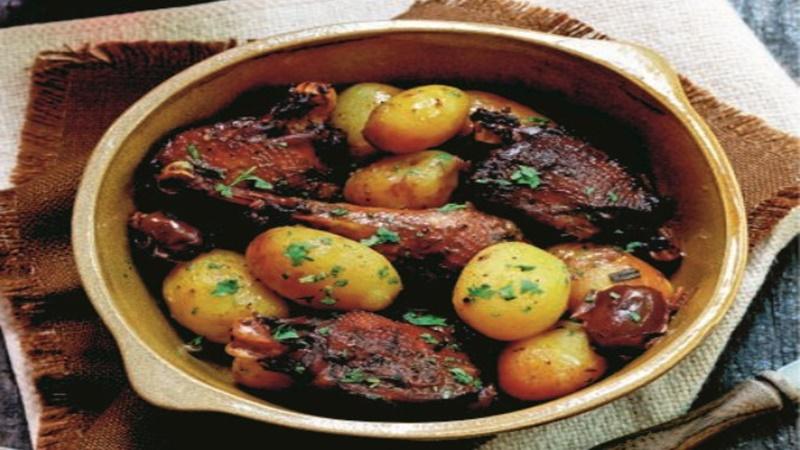 Συνταγή: Κοτόπουλο λεμονάτο με πατάτες 6