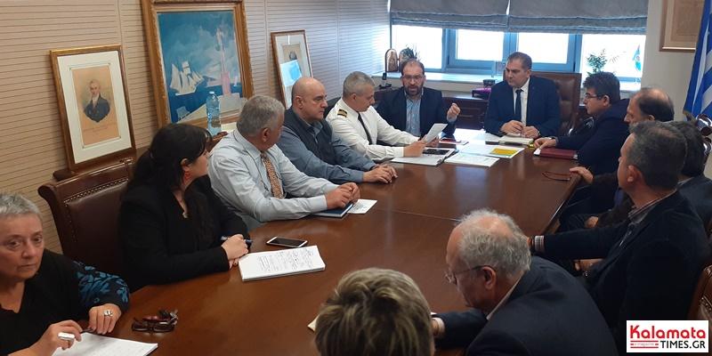Σύσκεψη στο δημαρχείο Καλαμάτας για τον Κορονοϊό! Αντισηπτικά στα σχολεία (video) 3