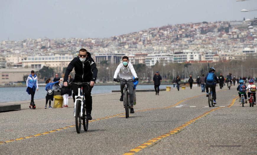 Θεσσαλονίκη: Αντιδράσεις μετά το λουκέτο στην παραλία 12