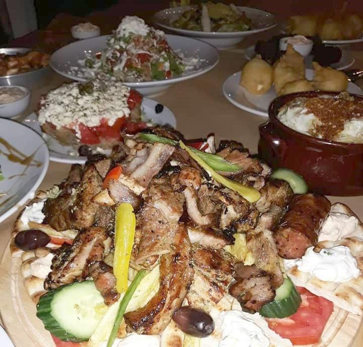 Μεζεδοπωλείο ΠΑΛΙΑΚΟΝ στο Ιστορικό κέντρο Καλαμάτας, για τους εκλεκτούς της γεύσης 4