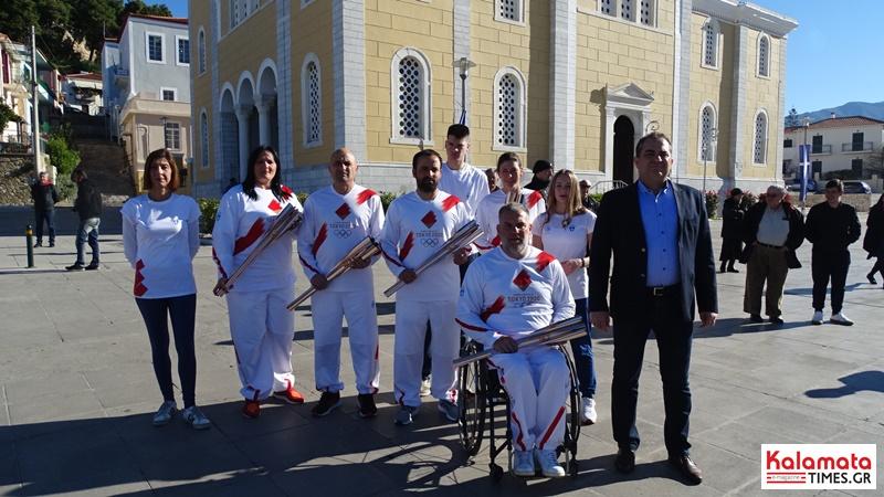 Αναχώρησε η Ολυμπιακή φλόγα από την Καλαμάτα για Σπάρτη 8
