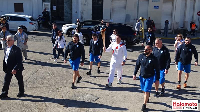 Αναχώρησε η Ολυμπιακή φλόγα από την Καλαμάτα για Σπάρτη 10