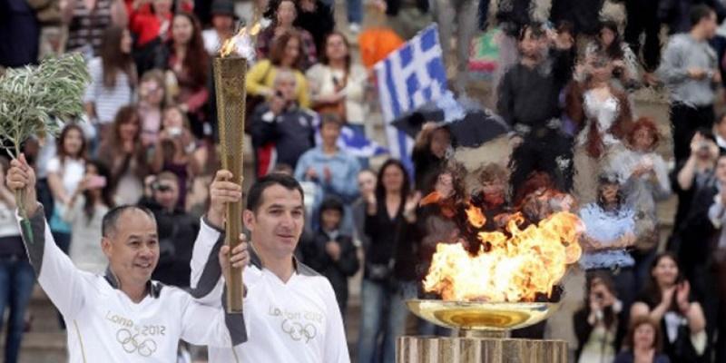Καλαμάτα: Ζητούνται εθελοντές για την υποδοχή της Ολυμπιακής Φλόγας 24