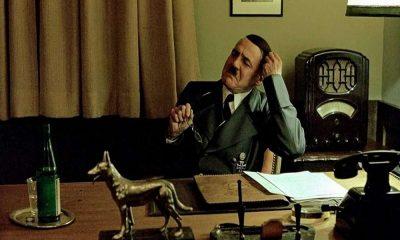 Ξεκαρδιστικό βίντεο: Ο Χίτλερ εξοργίζεται με τους Έλληνες επειδή μένουν σπίτι 12