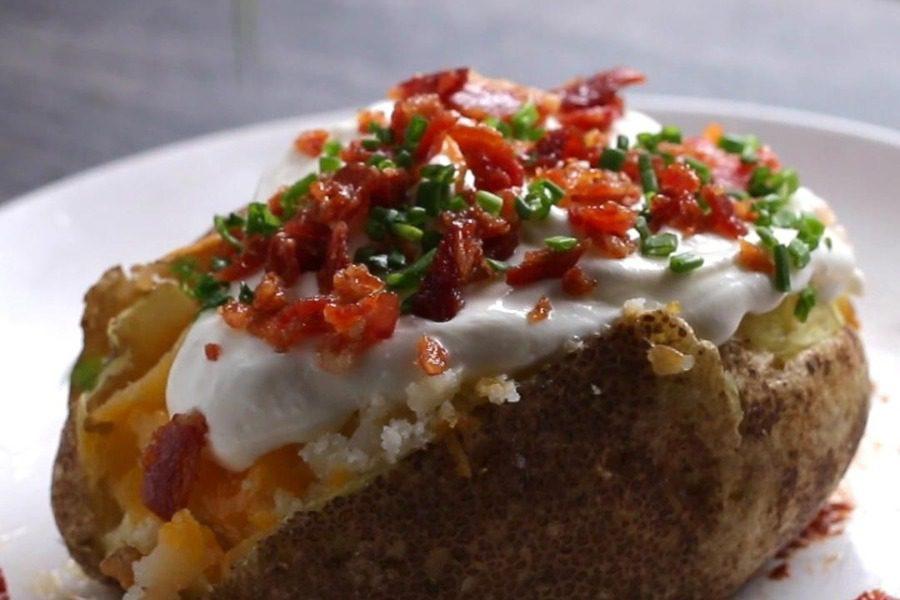 Συνταγές για τις πιο νόστιμες πατάτες που έφαγες ποτέ 10