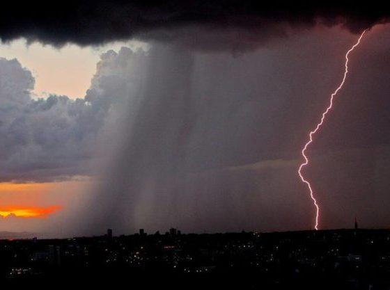 Έκτακτο δελτίο επικίνδυνων καιρικών φαινομένων: Καταιγίδες και πολύ κρύο τις επόμενες ώρες 2