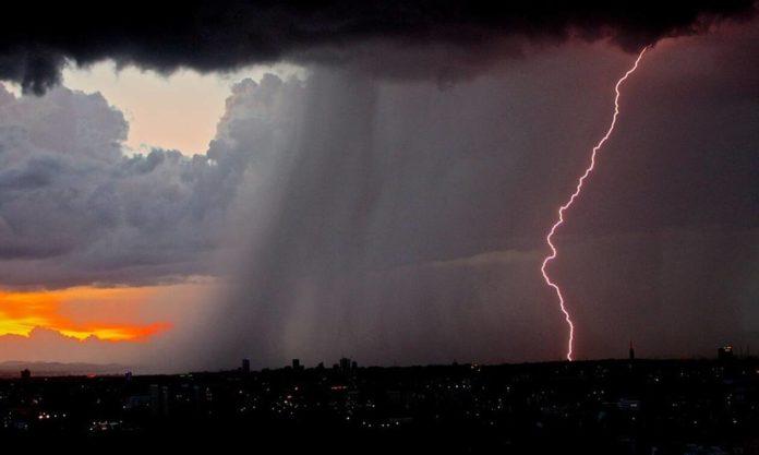 Έκτακτο δελτίο επικίνδυνων καιρικών φαινομένων: Καταιγίδες και πολύ κρύο τις επόμενες ώρες 16