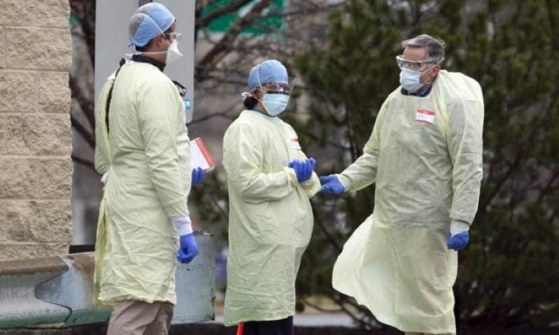 Κορονοϊός στις ΗΠΑ: Πάνω από 1.200 νεκροί σε 24 ώρες στις ΗΠΑ 15