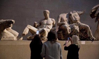 Μενδώνη προς βρετανικό μουσείο: «Επιστρέψτε τα γλυπτά του Παρθενώνα, είναι προϊόν κλοπής» 10