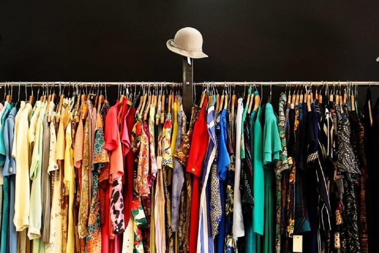 Πειραματική Σκηνή Καλαμάτας: Bazar με αγαπημένα ρούχα second hand 14