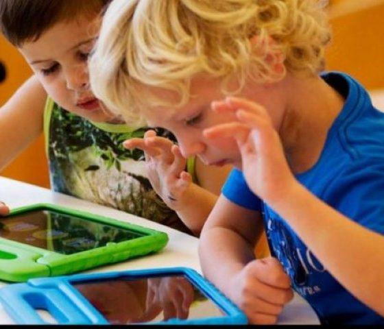 9 στα 10 παιδιά ηλικίας 7- 12 χρονών έχουν τάμπλετ ή smartphone 2