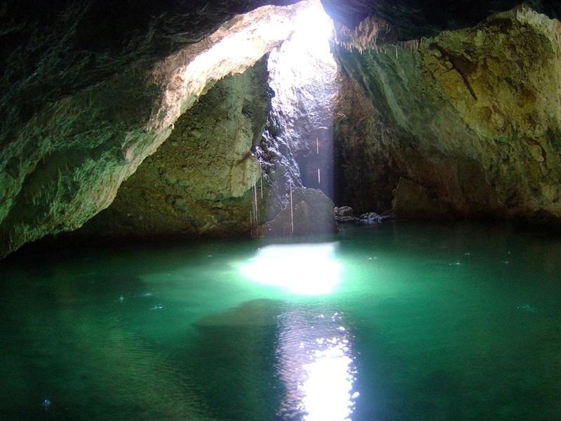 Οι πεζοπόροι του Ευκλή εξερευνούν τα καλντερίμια της Καρδαμύλης και το σπήλαιο Βατσινίδη 9