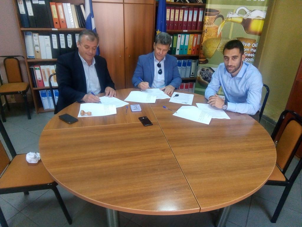 Υπεγράφησαν οι συμβάσεις έργων με δήμους της Μεσσηνίας 10