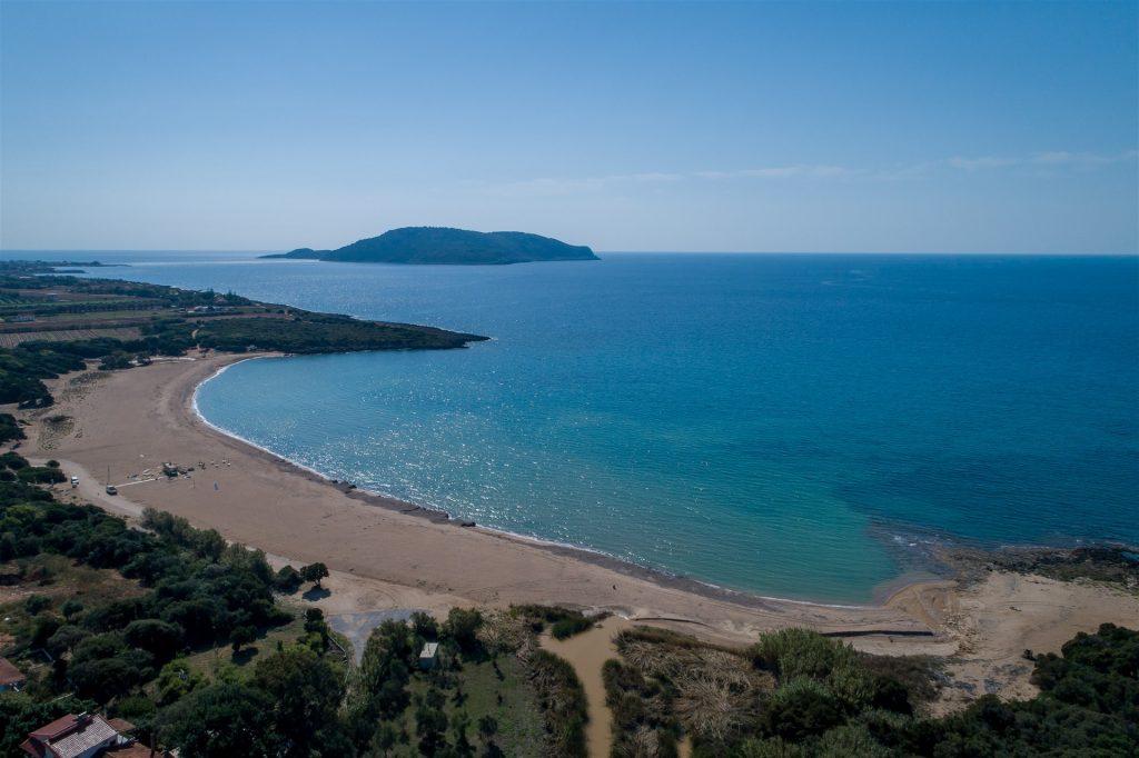 παραλία Λαγκούβαρδος